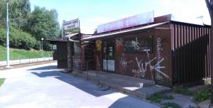 Zachování stánků na zastávce Švermova