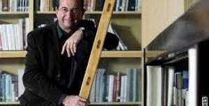 Podpořte VÝZVU pro pana profesora Höschla, aby zvážil kandidaturu na prezidenta ČR.
