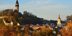 Petice za záchranu Turistické chaty Dr. Hrstky a proti rozdělení hradu Štramberka