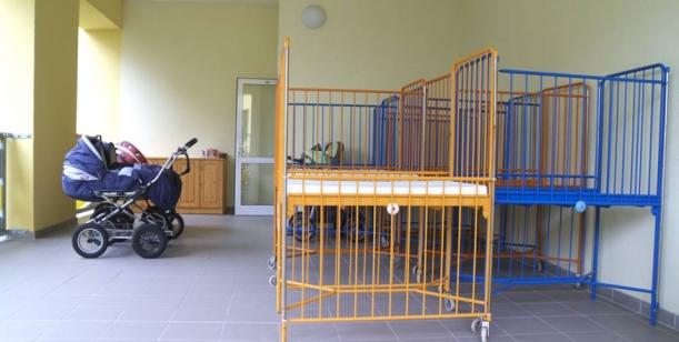 Petice za omezení ústavní péče pro nejmenší děti