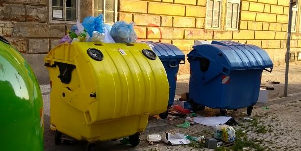 Neberte občanům Prahy 8 recyklační kontejnery!