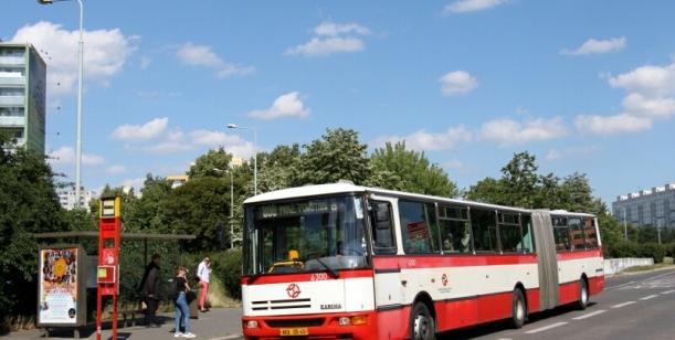 Víkendové autobusové linky.