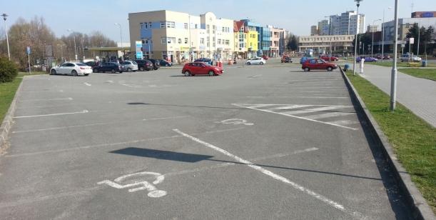 Parkování u ulice Rydultowská