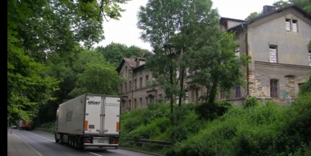 Nesouhlas s rekonstrukcí domu v Ouvalově ulici ve Slaném (tzv. Mexika)