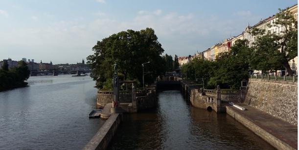 Zachraňme Vltavu v centru Prahy