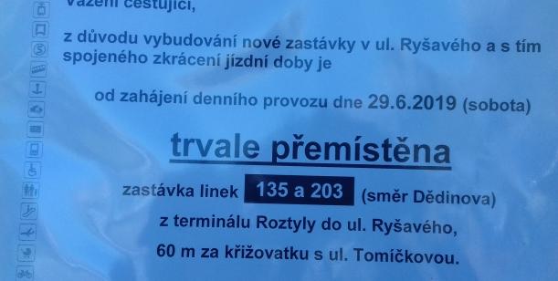 Petice za přesunutí autobusové zastávky Roztyly, směr Chodov, na původní místo