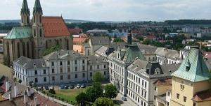 Petice proti stavbě administrativní budovy v Kroměříži