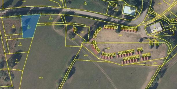 Proti výstavbě rodinných domků v blízkosti dětského tábora na Dračí Skále