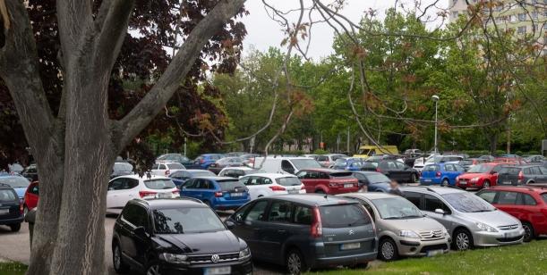 Vyhrazené parkování v ulici Kpt. Bartoše, Pardubice