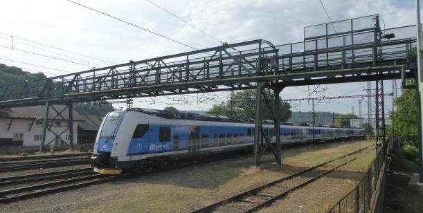 Petice za zachování původní lávky přes nádraží Praha-Smíchov