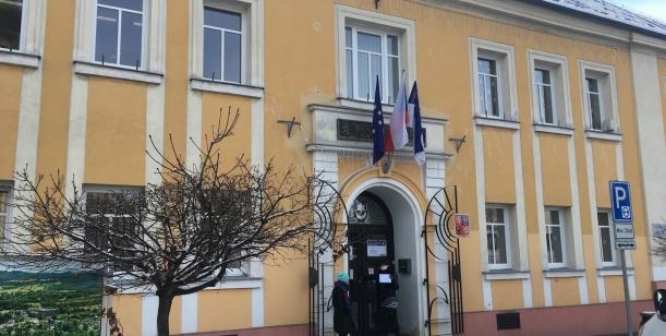 Otevřený dopis starostovi Varnsdorfu Rolandu Sollochovi ve věci vystěhování rodin z ulice Kovářská