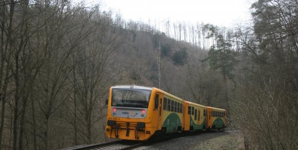 Petice proti rušení osobních vlaků ve Středočeském kraji
