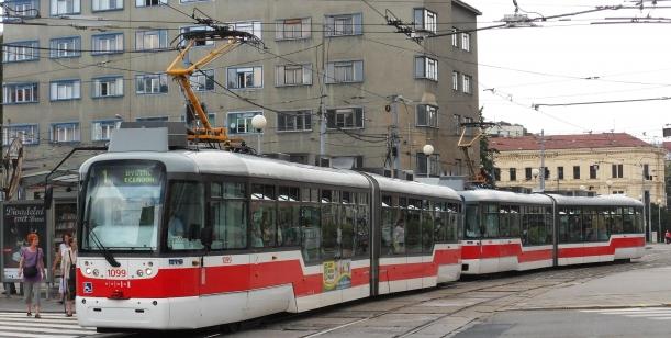 Petice proti prázdninovému jízdnímu řádu v Brně