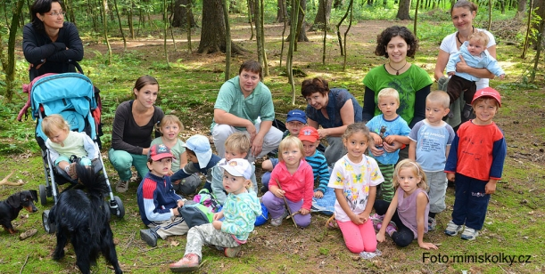 Přijdou tři tisíce dětí o lesní školku?